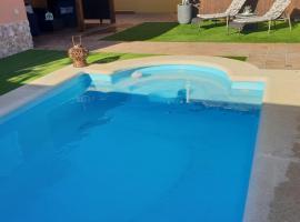 Villa Athenea, hotel with pools in Caleta De Fuste