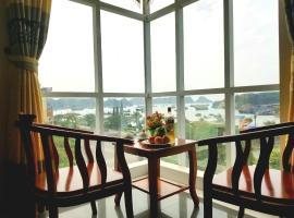 Quynh Trang Hotel, Hotel in Cát Bà