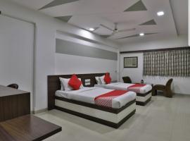 HOTEL OSTRIA, hotel in Surat