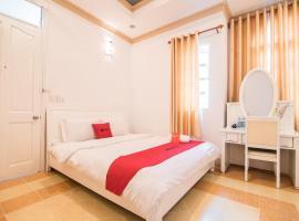RedDoorz near Lam Vien Square, khách sạn ở Đà Lạt