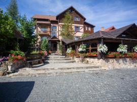 Небокрай, готель у місті Яремче