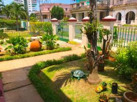 Casa Colonial Niurca, bed & breakfast a L'Avana