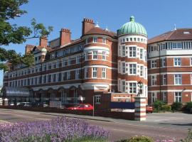 Burlington Mansions, apartment in Bournemouth