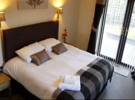Ban-Car Hotel, hotel in Cairness