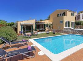 Villa El Jardin, hotel in Son Bou
