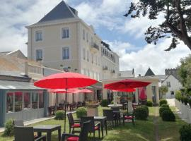 Grand Hôtel de Courtoisville - Piscine & Spa, The Originals Relais (Relais du Silence), отель в Сен-Мало