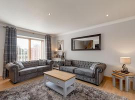 Dunfermline Holiday Homes No.1, budget hotel in Dunfermline