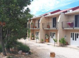 Apartman Rita, hotel in Seline