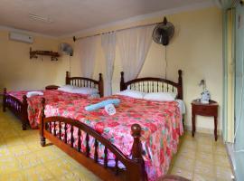 Hostal Nelba & Carlos, bed & breakfast a Trinidad