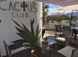 CACTUS CLUB/ JADE, alojamiento con cocina en San Juan Teotihuacán