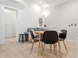 Piazza Maggiore White Apartment, appartamento a Bologna