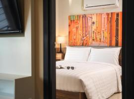 Spacious Apartment in Mai Khao with Pool Access, hotel in Mai Khao Beach