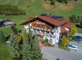 Hotel Winklerhof, hotel in Holzgau