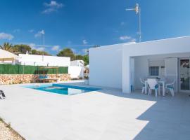 Villa Aday & Ixeia, hotel a Cala Blanca