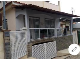 Casa com piscina, hotel in Alto Caparao