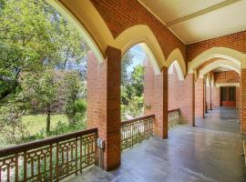 The Old Priory, hotel in Beechworth