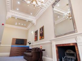 Palmerston Suites, serviced apartment in Edinburgh