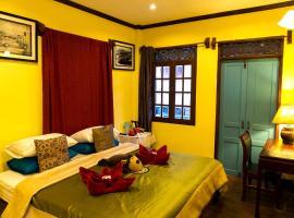 Puck Luck Hotel, hotel in Luang Prabang