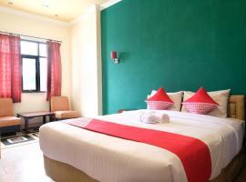 OYO 515 Oasis Hotel, hotel di Manggar