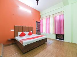 OYO 47001 Pir Panjal, hotel in Khajjiar