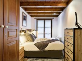 Luderna - Apartamento Val de Ruda A6 Porèra, pet-friendly hotel in Baqueira-Beret