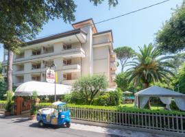 Hotel Kyrton, hotel in Forte dei Marmi
