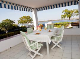 Amazing villa. Wonderfull views., hotel u gradu 'Punta Umbria'