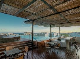 Macondo 5th Av, hotel near Kool Beach Club, Playa del Carmen