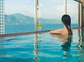 Sofiana My Khe Hotel & Spa, khách sạn có bồn jacuzzi ở Đà Nẵng