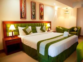Le Adams, hotel in Kakkanad
