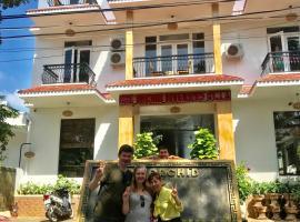 Hue Orchid Riverside Villa, hotel in Hue