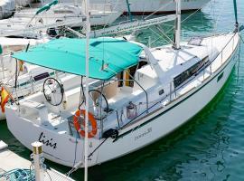 Oceanis 38, boat in Sitges
