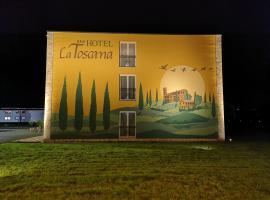 Hotel La Toscana Nähe Europapark, hotel dicht bij: Europa-Park Hoofdingang, Ringsheim