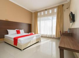 RedDoorz @ Hotel Putri Gading Bengkulu, hotel di Bengkulu