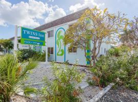 Twins Inn & Apartments, Ferienunterkunft in St. Pete Beach