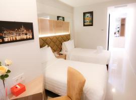 Hotel Daily Inn, hotel near Jakarta International Velodrome, Jakarta