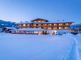 Almdorf Almlust, hotel i Flachau