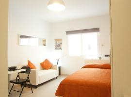 Marbel Apartments, hotel in Barcelona