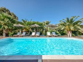 Valena Mare Suites & Apartments, vacation rental in Plaka