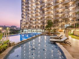 Oakwood Residence Cikarang, hotel with jacuzzis in Cikarang
