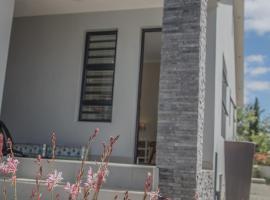 7 Wilde Olyf Street, apartment in Riebeek-Kasteel