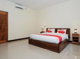 OYO 1659 Sengkunyit Bukit Hotel, hotel in Selong Belanak