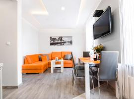 Hamlet Old Town Apartment by TriApart, self catering accommodation in Gdańsk