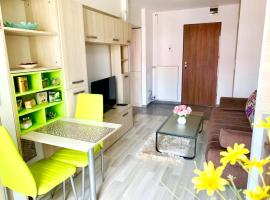 Emma accommodation - clean and comfortable apartment, hotel in Iaşi