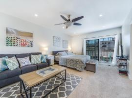 10 Second Street Studio, vacation rental in Huntington Beach