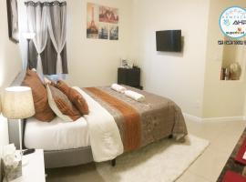 Luxury Room #10minsWillowbrook Mall #25minsIAH Airport, homestay in Houston