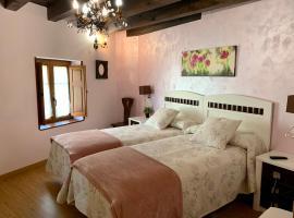 Hotel Villa Fontanas, hotel in Hontanas