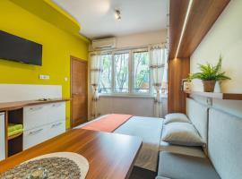 Studio Dolce Vita, хотел близо до Община Варна, Варна