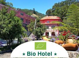 BIO Hotel - Hotel Quinta da Serra, hotel v destinaci Estreito de Câmara de Lobos