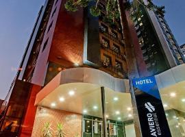 Slaviero Essential Curitiba Shopping, hotel with pools in Curitiba